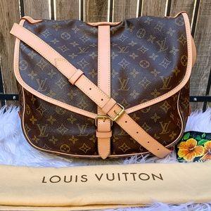 💝LIKE NEW💖Louis Vuitton Saumur 35 Crossbody